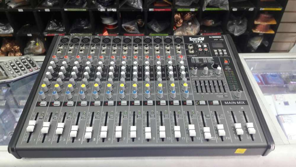 Consola DE AUDIO 12 CANALES Marca Pro Dj