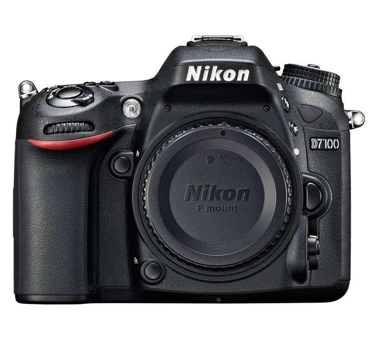 Cámara réflex digital Nikon D7100(SOLO CUERPO) Flash Nikon SB-600 Tarjeta SD 32Gb