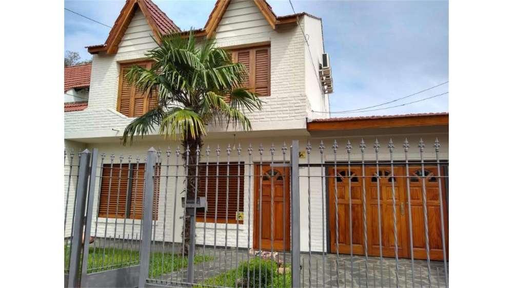 Labarden 2200 - UD 380.000 - Casa en Venta