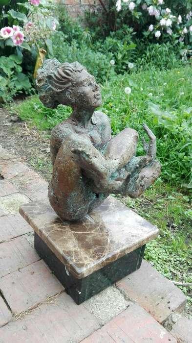 Espectacular Escultura en Bronce.