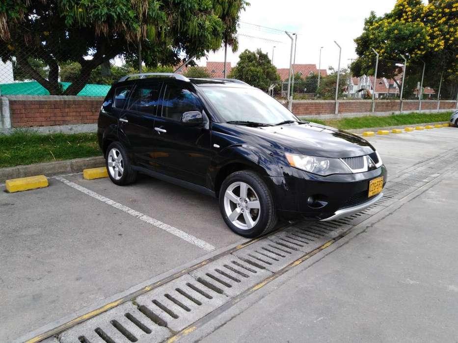 Mitsubishi Outlander 2009 - 165000 km