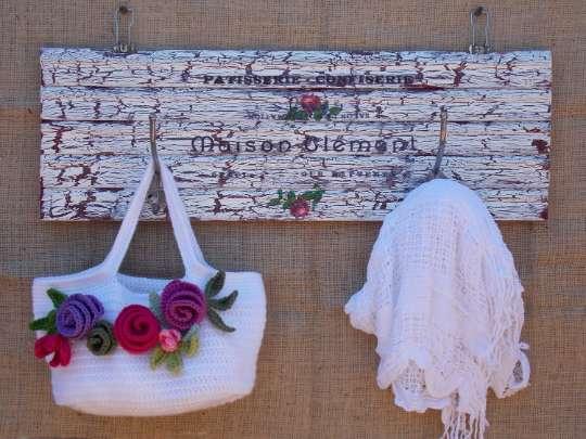 Perchero de pared de madera de cortina recuperada Color Blanco