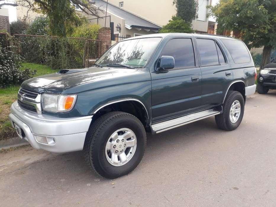 Toyota Hilux SW4 1997 - 180000 km