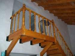 Escaleras de Maderas Y Combinadas