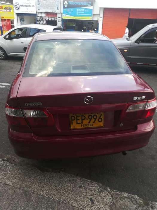 Mazda 626 2001 - 250000 km