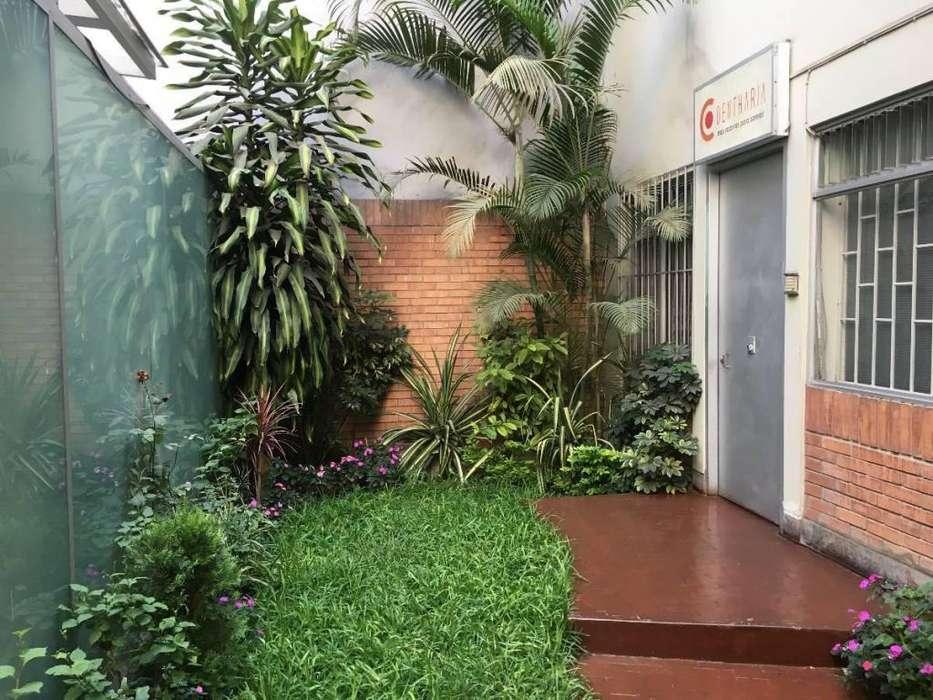 Venta Oficina 100 m² Chacarilla,