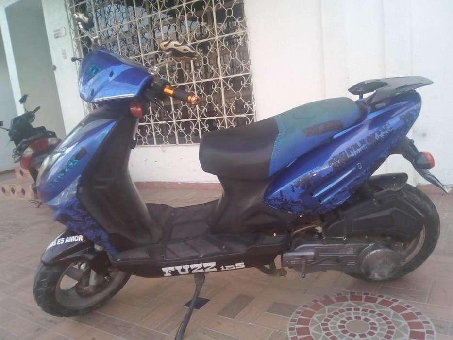 Se vende moto Sigma Fuzz 125 4 tiempos papeles al dia info 3145458728