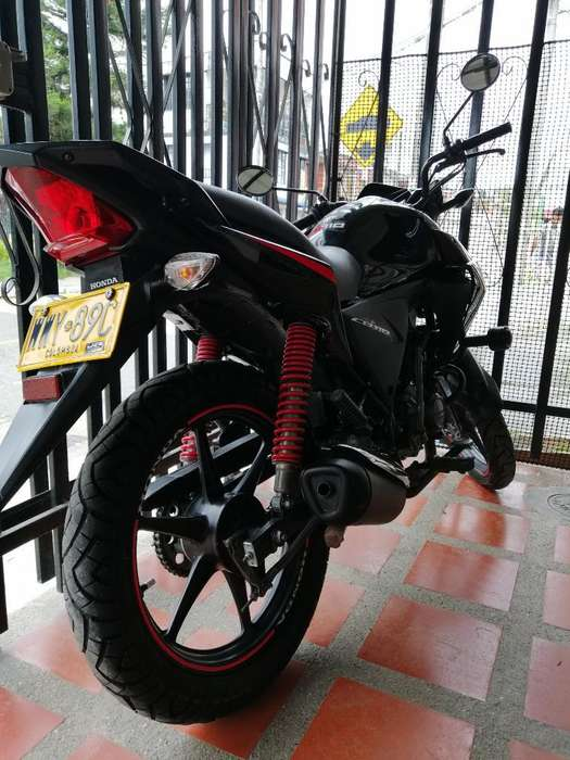 Vendo Moto Cb 110 en Excelente Estado