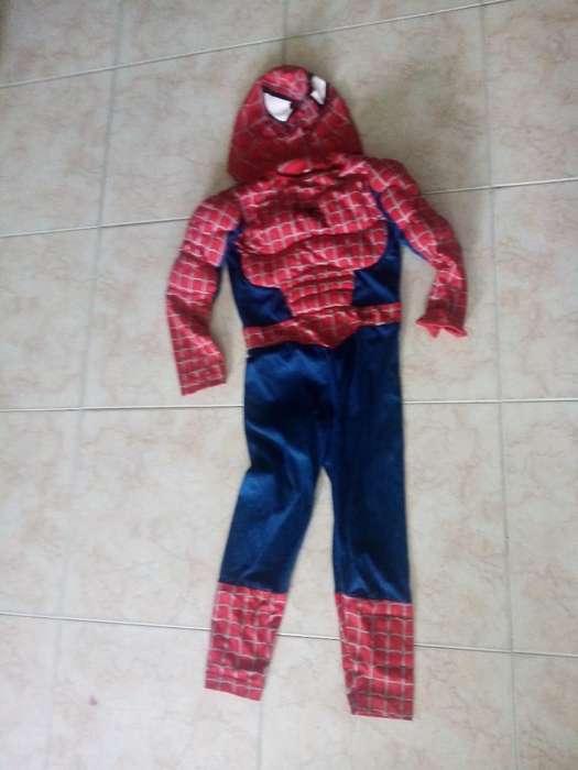 Disfraz de Spiderman.