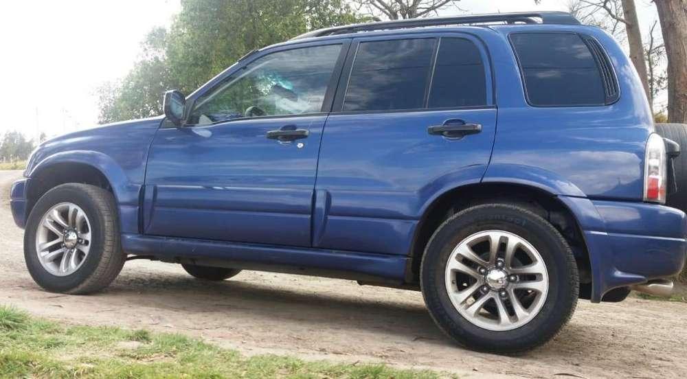 Chevrolet Grand Vitara 2010 - 16000 km