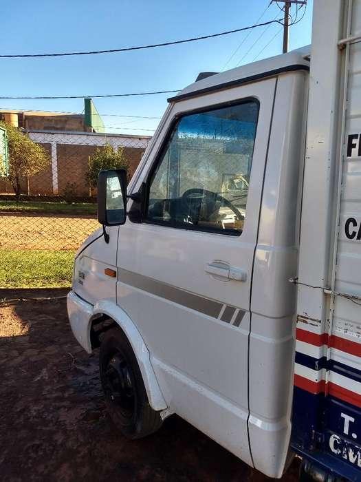 Camion Iveco Daily 35.10 Usado