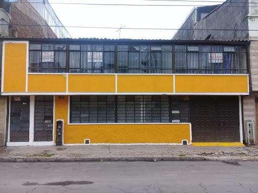 ARRIENDO DE CASAS EN POLICARPA SUR BOGOTA 132-3210