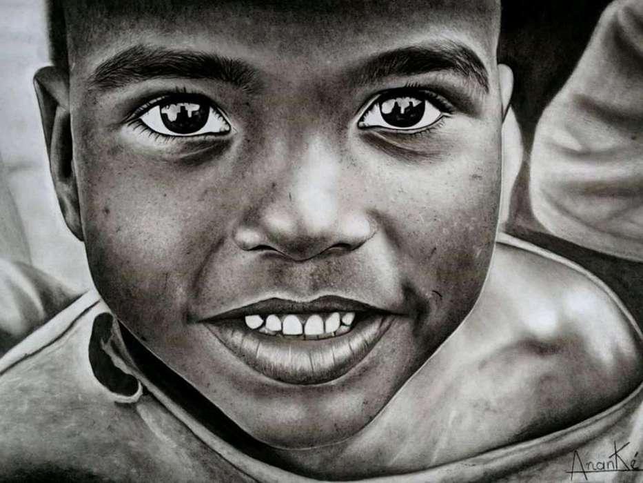 Retratos a Lápiz Y Carboncillo