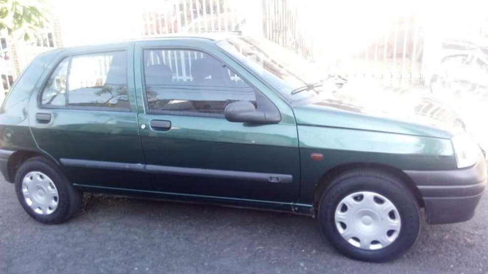 Renault Clio  1997 - 231500 km