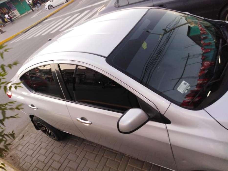 Nissan Versa 2013 - 117498 km