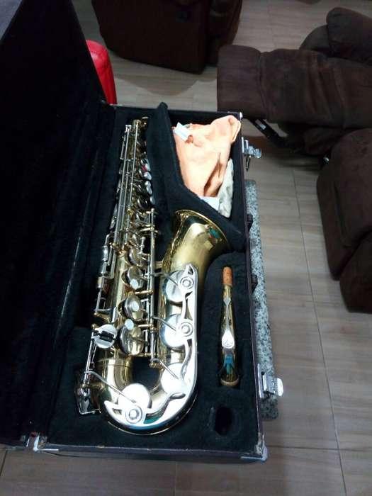 Saxofon Alto Yamaha Yas 23 Japones