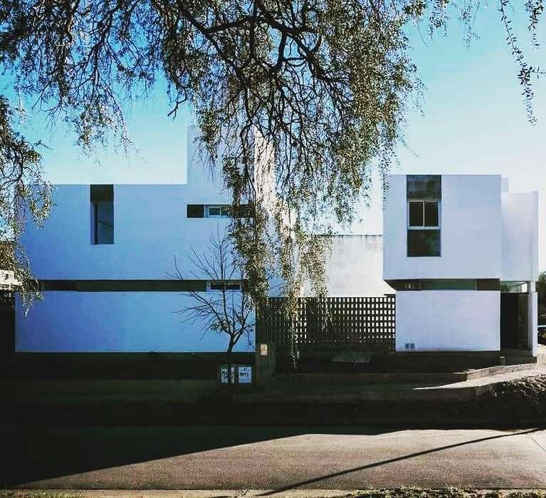 Casa en venta, Villa Rivera Indarte, La catalina 8700