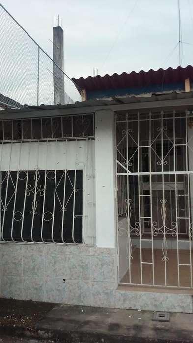 Se alquila Villa España 1 casa de 1 planta 240