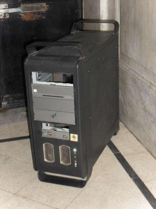 Gabinete Codegen Tower Mas Teclado Mouse Y <strong>parlantes</strong>