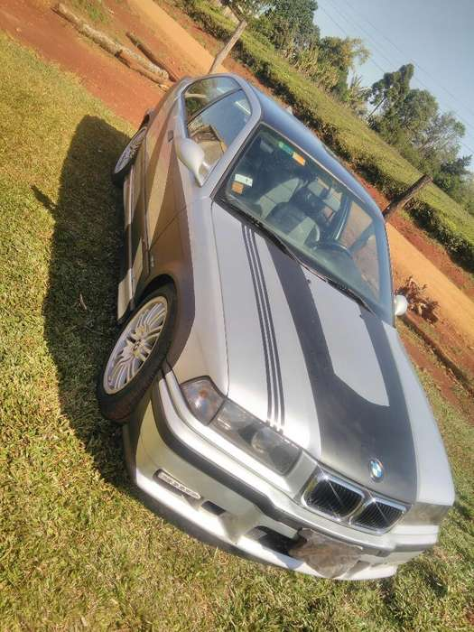 <strong>bmw</strong> Serie 3 1998 - 1008001 km