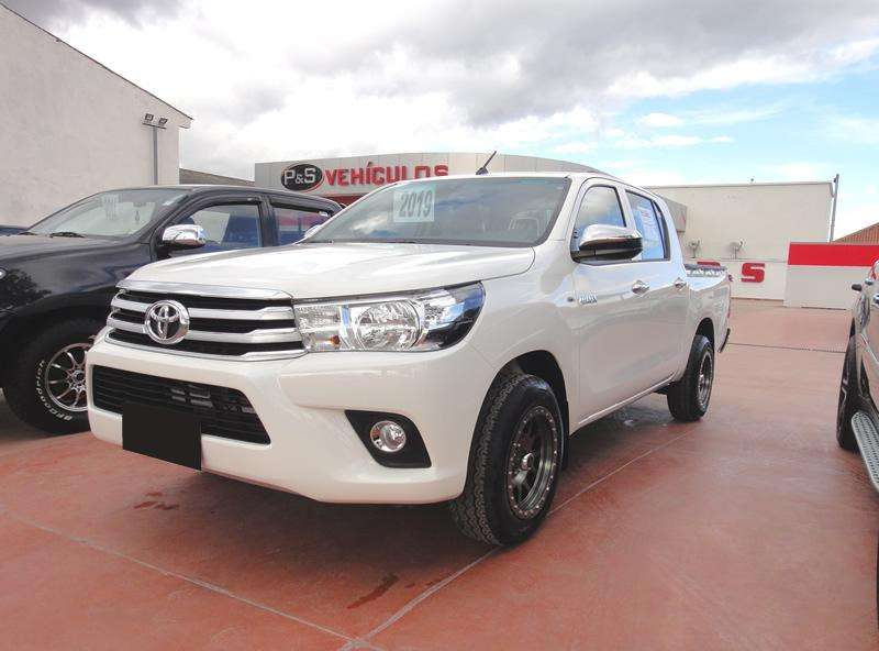 Toyota Hilux 2019 - 4000 km