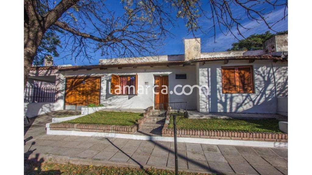 Diego De Onorato  100 - UD 90.000 - Casa en Venta