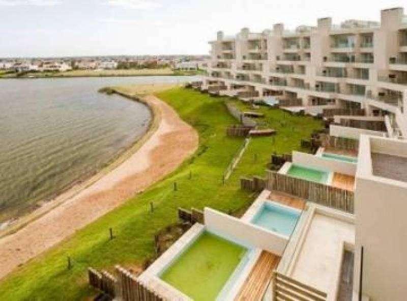 Departamento en alquiler de 3 ambientes amoblado en Praia, Portezuelo, Nordelta