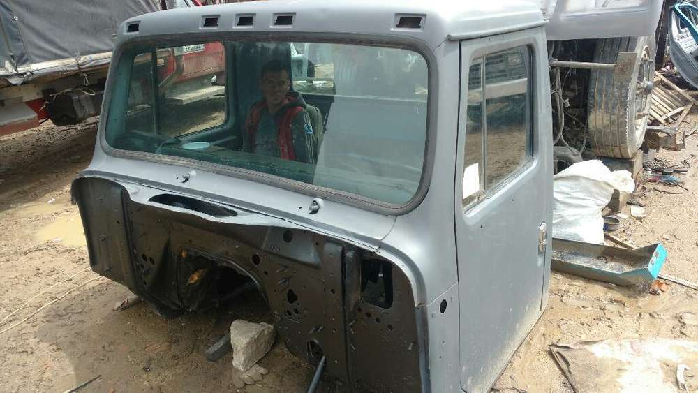 Fabrica de Conjuntos Y Cabinas de Camion