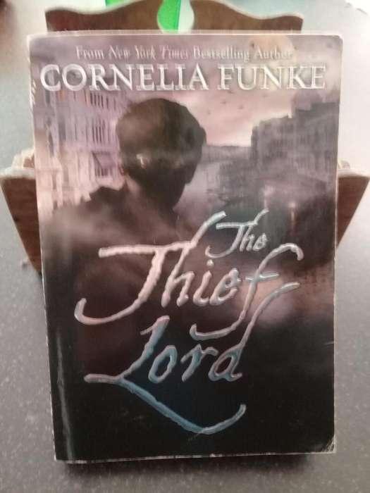 Libro The Thief Lord en inglés 450