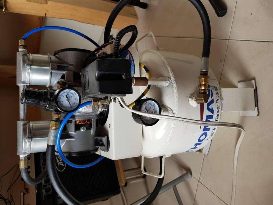 Compresor aire 135 Psi Max. Con regulador de presión y encendido automático