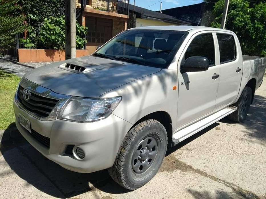 <strong>toyota</strong> Hilux 2013 - 90000 km
