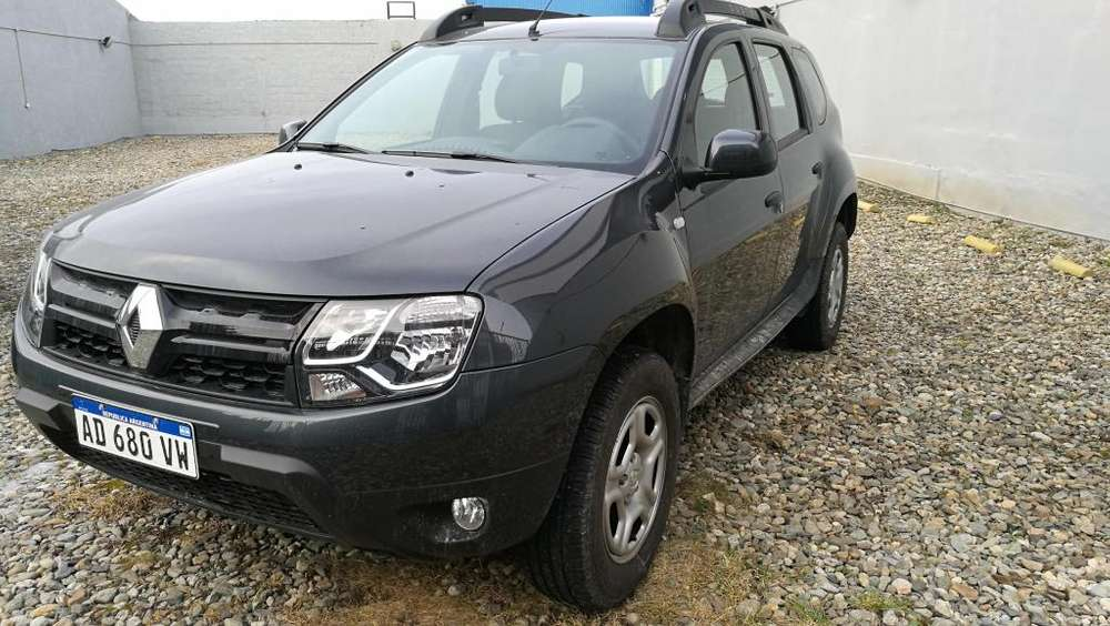 Renault Duster 2019 - 2700 km