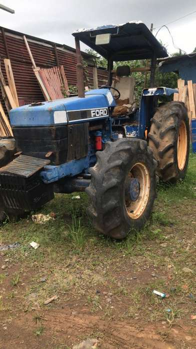 Tractor Ford 6640