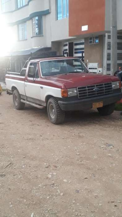 <strong>ford</strong> F-150 1989 - 425000 km