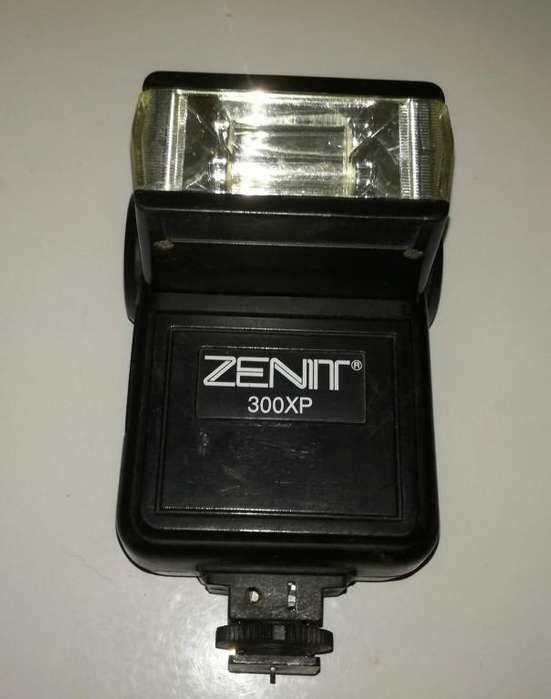 Se vende flash ZENIT 300XP