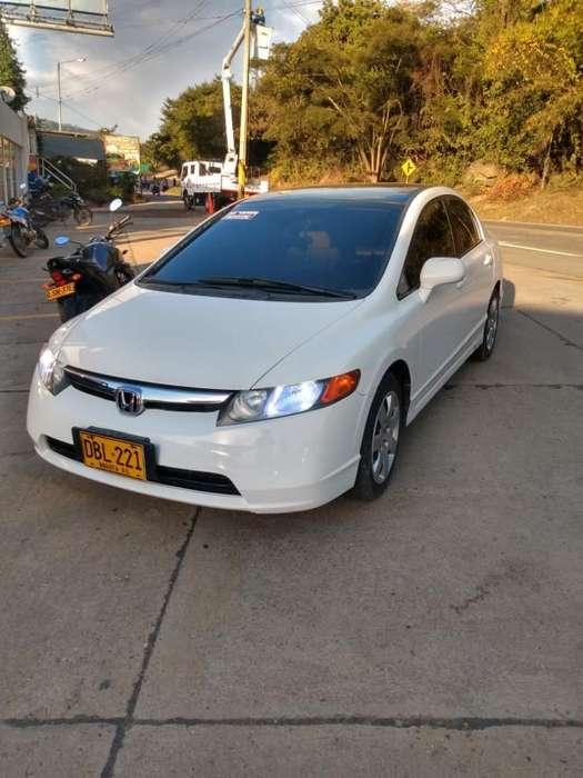 Honda Civic 2008 - 102000 km