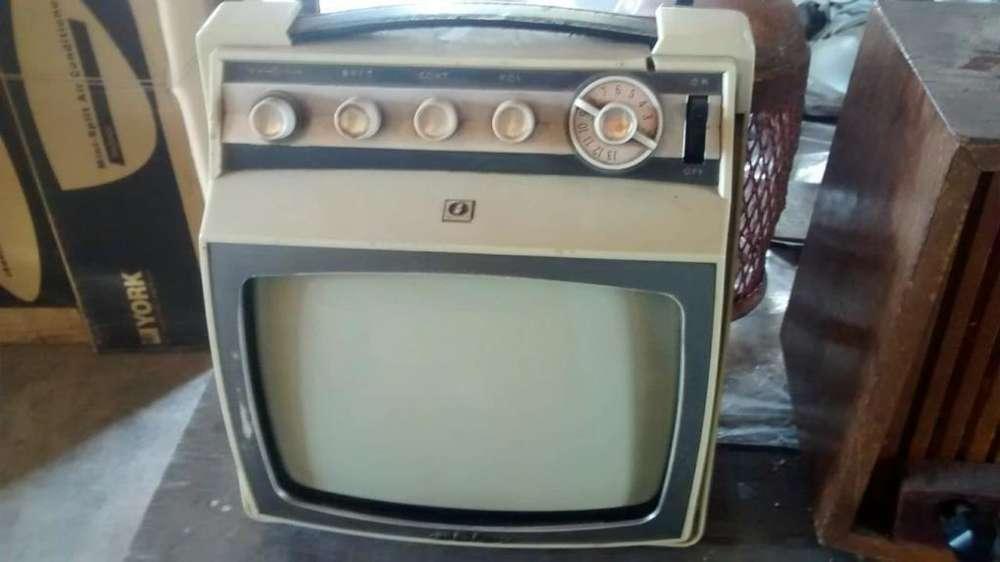 Vendo Tv Antiguo