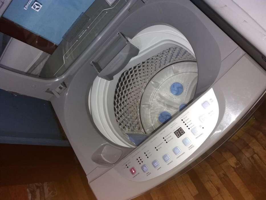 Se vende <strong>lavadora</strong> automatica en perfecto estado 6 meses de uso