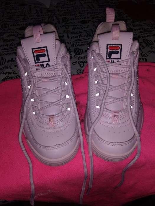 Vendo Zapatillas Fila Originales