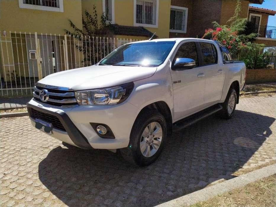 Toyota Hilux 2017 - 49000 km