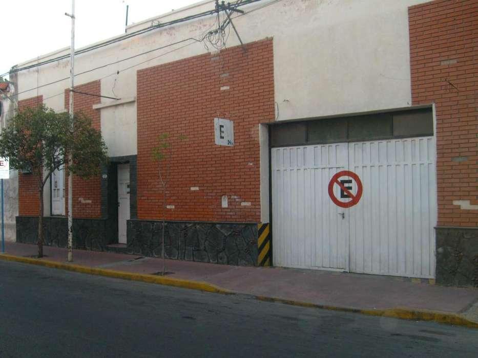 Vendemos en micro centro de San Luis Capital Casa Antigua-