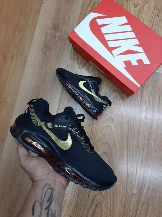 Tenis Nike Air Max Franja Dorada