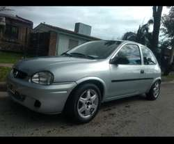 Vendo Chevrolet Corsa 3p Impecable!!