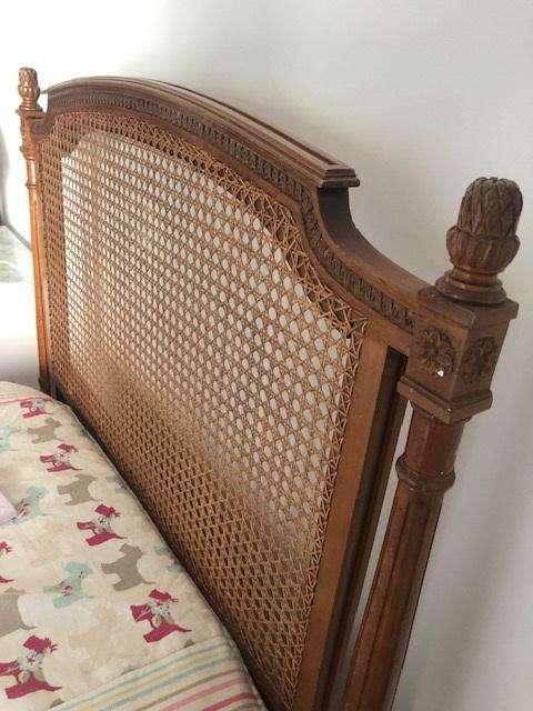 <strong>cama</strong>s de estilo con esterilla, madera de rauli, juego por 2 colchones