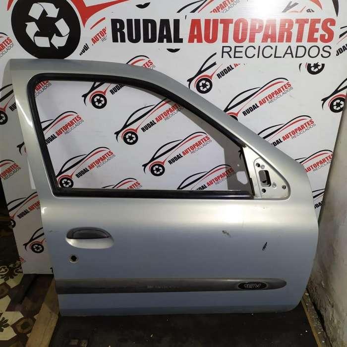Puerta Delantera Derecha Renault Clio 2 7600 Oblea:02511174