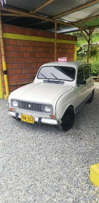 Renault R4  1989 - 158000 km