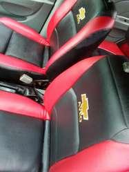 Se vende lindo Aveo 2005 en 7.800 Negociable con Aire, llamar o escribir al 0996752638.