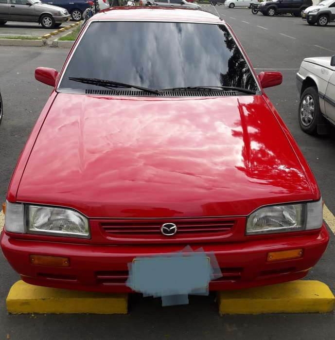 Mazda 323 1991 - 10000 km
