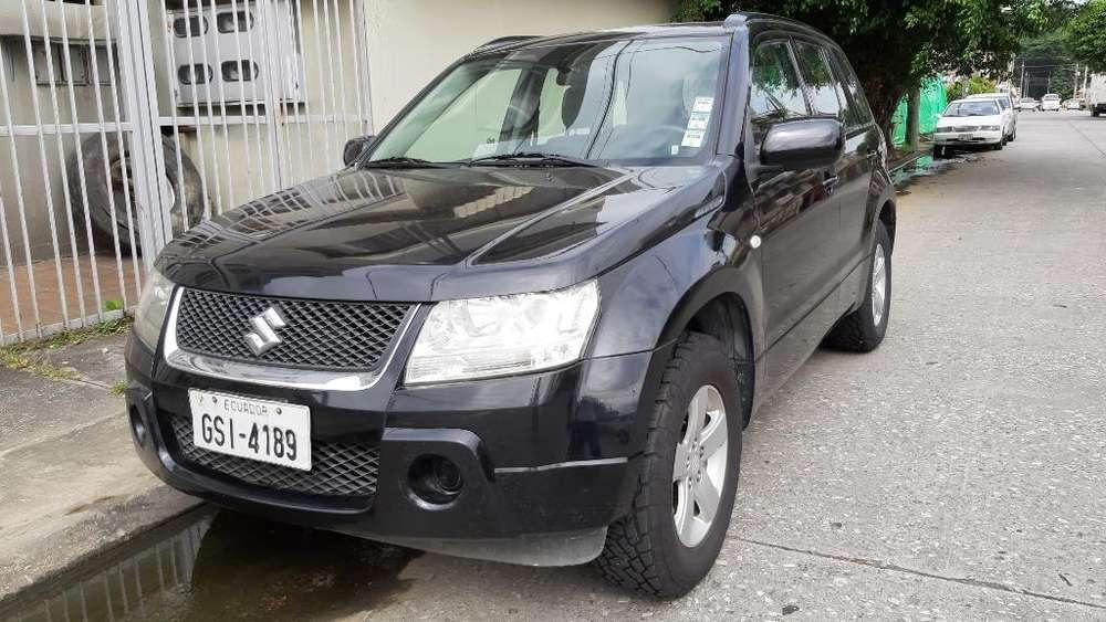 Suzuki Grand Vitara SZ 2013 - 105000 km