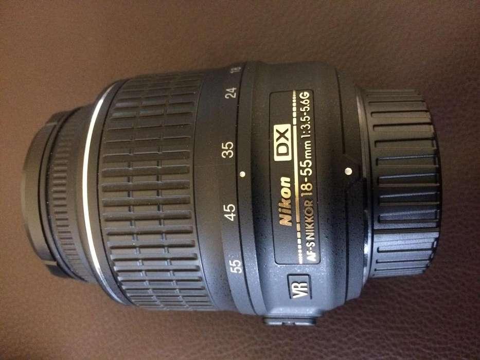 Lente Nikon AFS DX NIKKOR 1855mm f/3.55.6G con Reducción de Vibración II y auto Enfoque para cámaras DSLR Nikon
